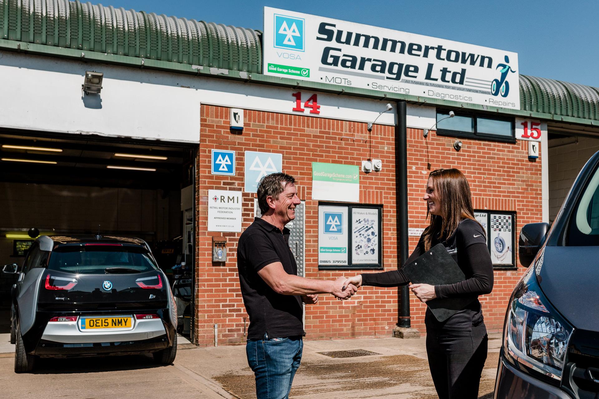 professional commercial PR business lifestyle photographer Summertown Garage Kidlington