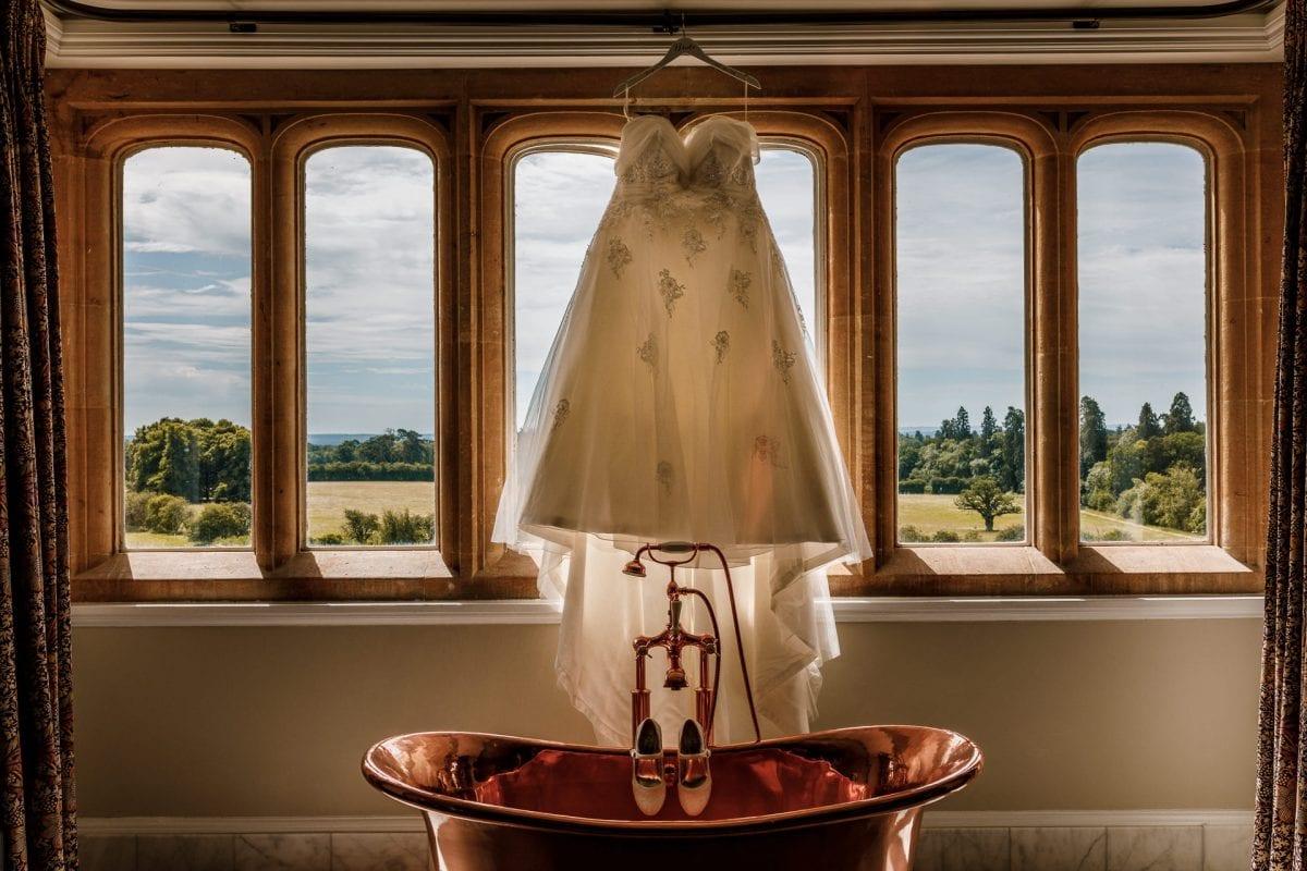 Professional Wedding Photographer Oxford Oxfordshire London Eynsham Hall Witney