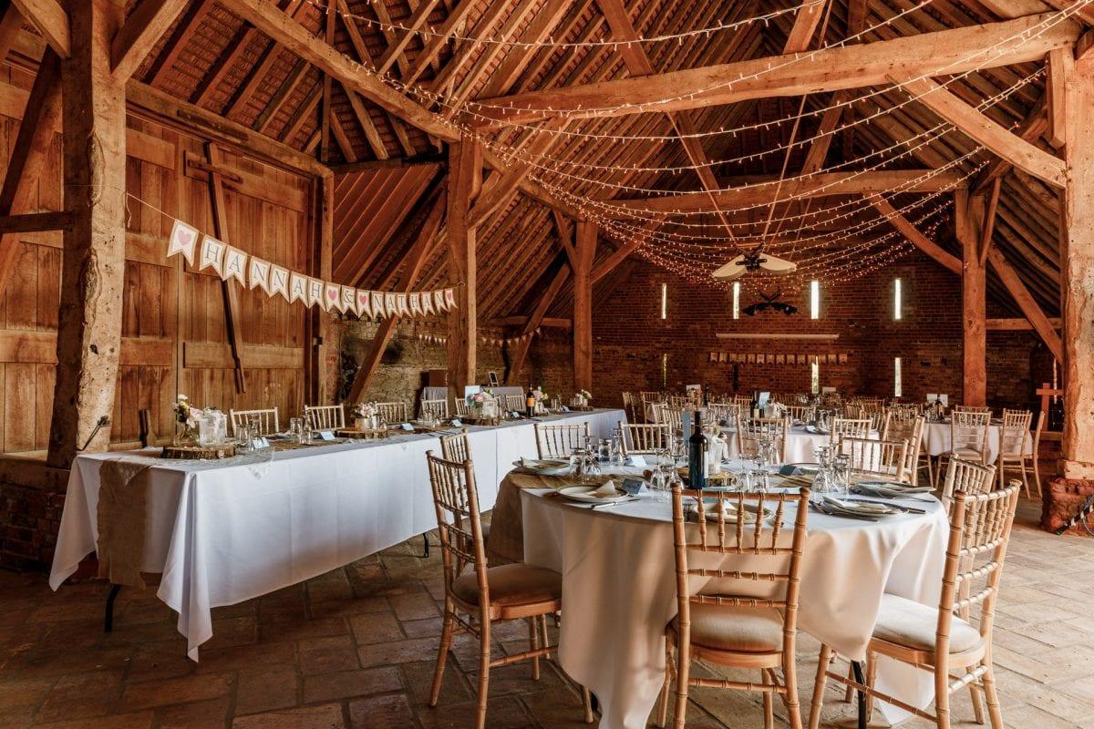 Stonehill Barn House Abingdon Oxfordshire Wedding Photographer Potters Instinct Photography