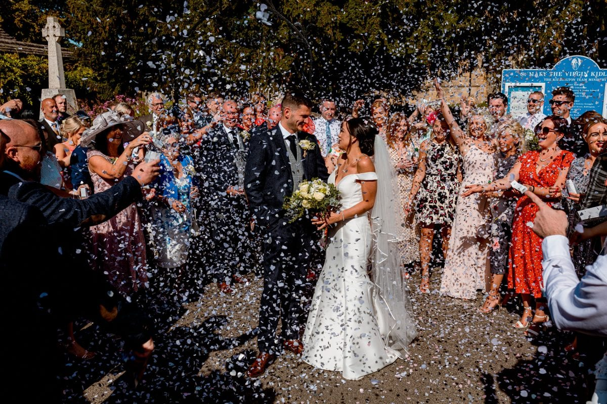 St Mary's Church Kidlington confetti throw