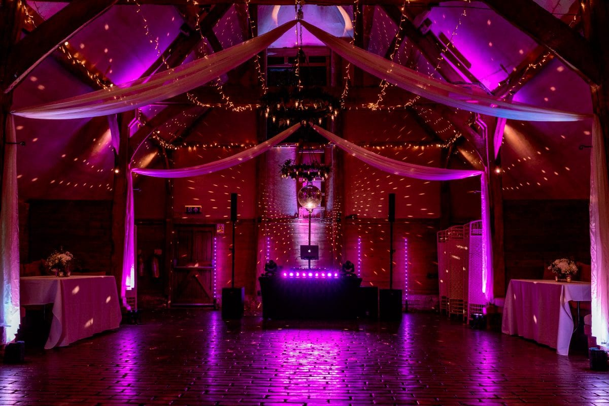 lains barn wedding photography blog oxfordshire visually sound events dj setup